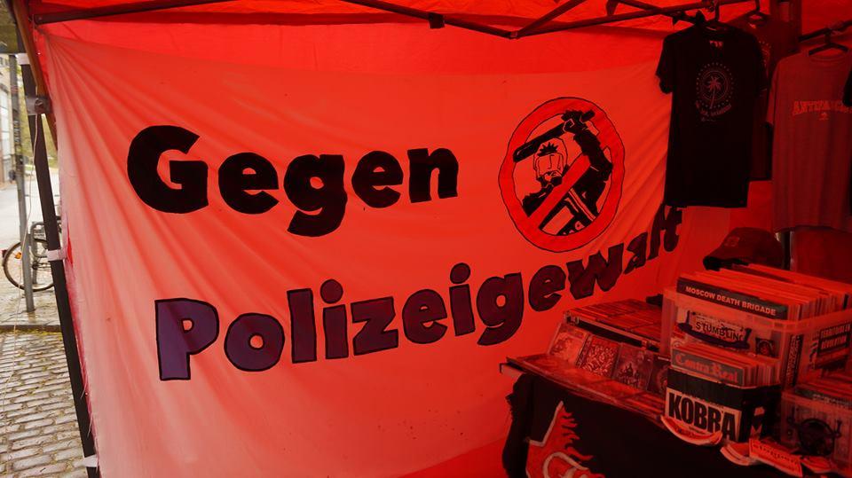 http://www.neu.antifa-kiel.org/wp-content/uploads/import/gegenpolizeigewalt.jpg