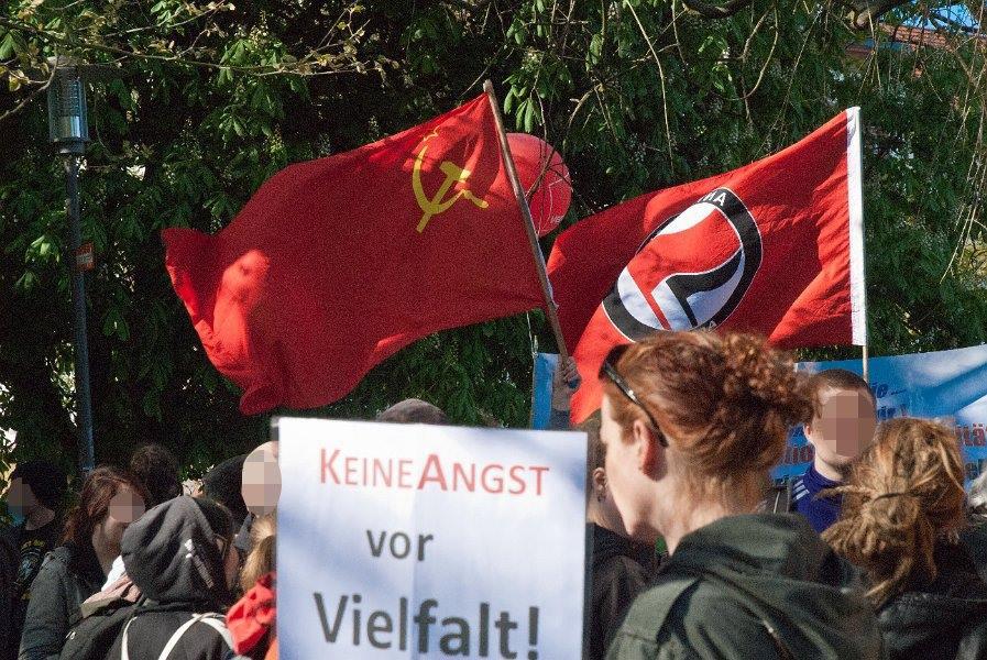 http://www.neu.antifa-kiel.org/wp-content/uploads/import/pics/befreiung1.jpg