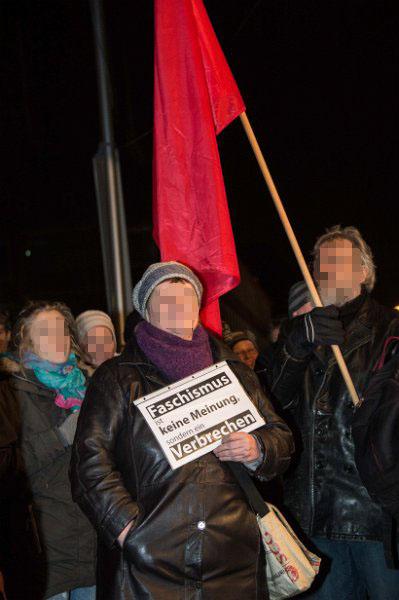 http://www.neu.antifa-kiel.org/wp-content/uploads/import/pics/turnleftsmashright/Willkommen-7659.jpg