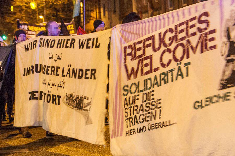 http://www.neu.antifa-kiel.org/wp-content/uploads/import/pics/turnleftsmashright/ust-9688.jpg