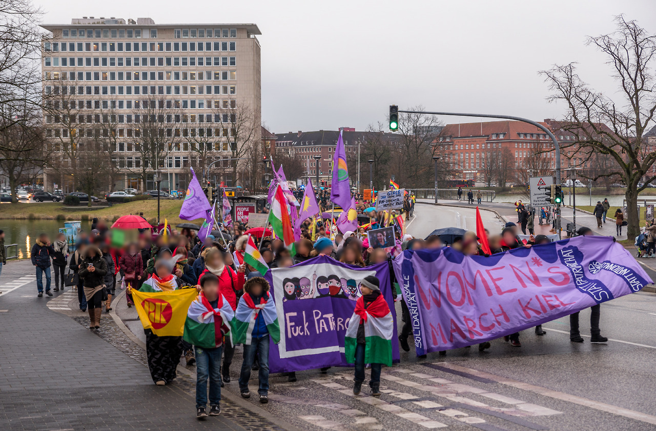 http://www.neu.antifa-kiel.org/wp-content/uploads/import/womensmarch1.jpg